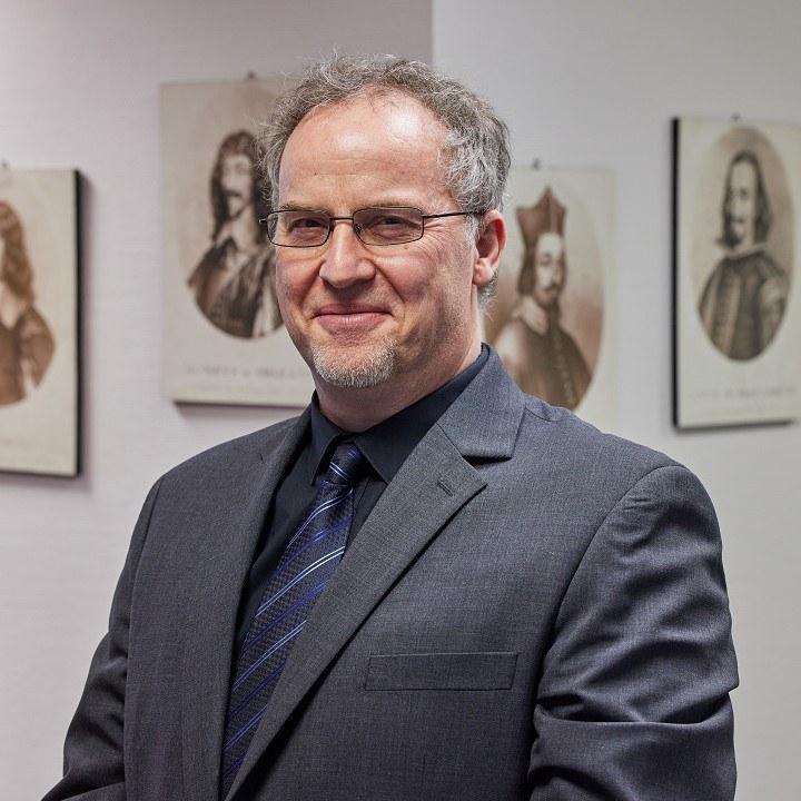 Profilbild_Prof. Rohrschneider